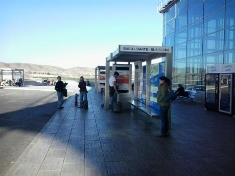 parada de bus aeropuerto Alicante,parada bus aeropuerto Alicante,