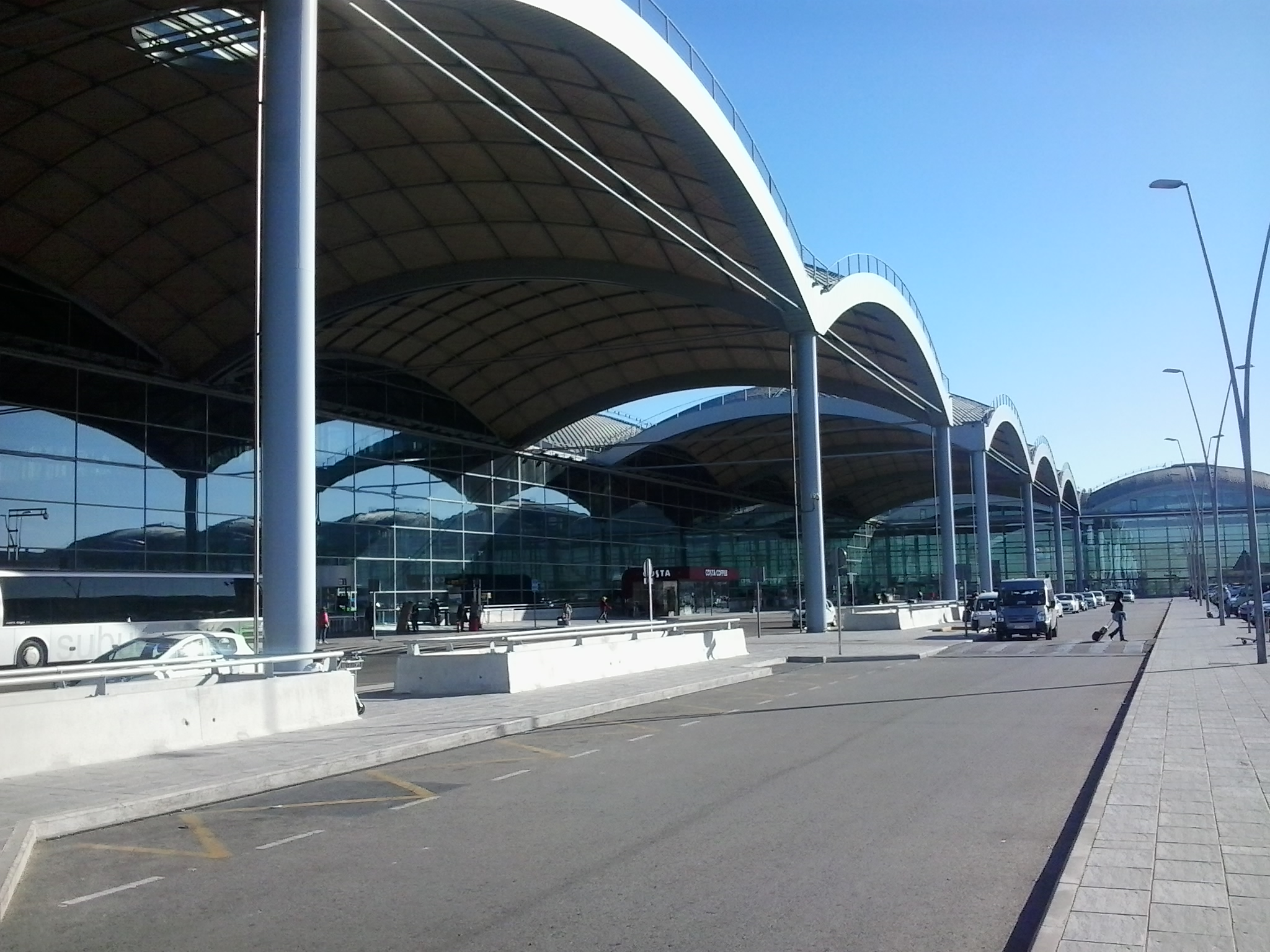 Aeroporto Alicante : Del aeropuerto al centro como llegar desde un